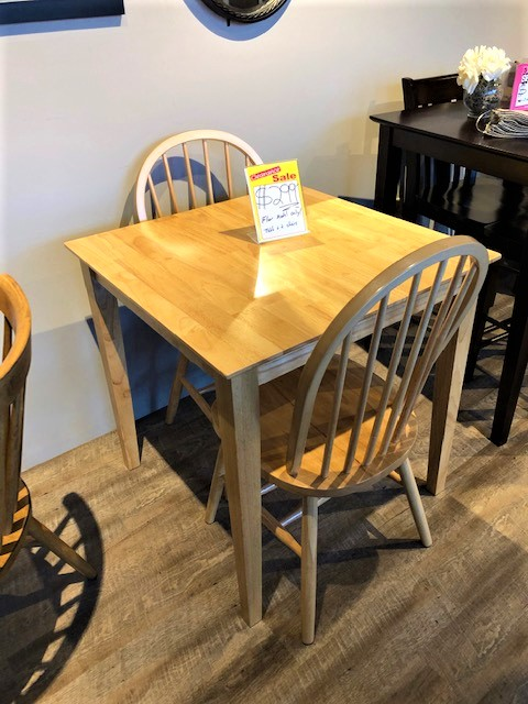 Small Natural Wood Dining Room Concepts