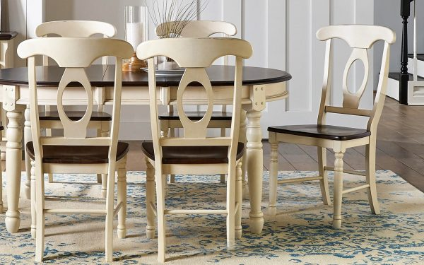 British Isles Oval Leg Table Chalk and Cocoa Bean
